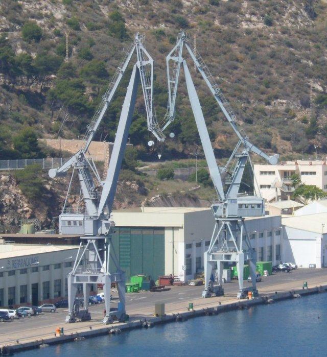 Cartagena cranes 2a